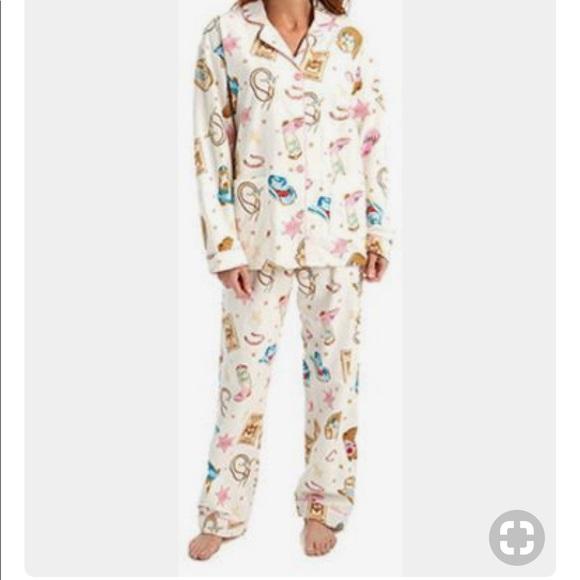 81d4d66c3906 PJ Salvage Intimates   Sleepwear